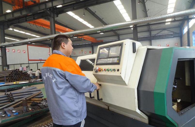 7轴套类加工采用CY-K360n-1000型数控机床
